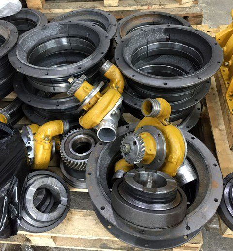 Насос водяной ЧТЗ 16-08-140СП Уплотнение большое 24-19-119СП Уплотнение малое 20-19-123СП